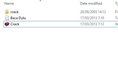 Copy kan file yang ada di folder crack